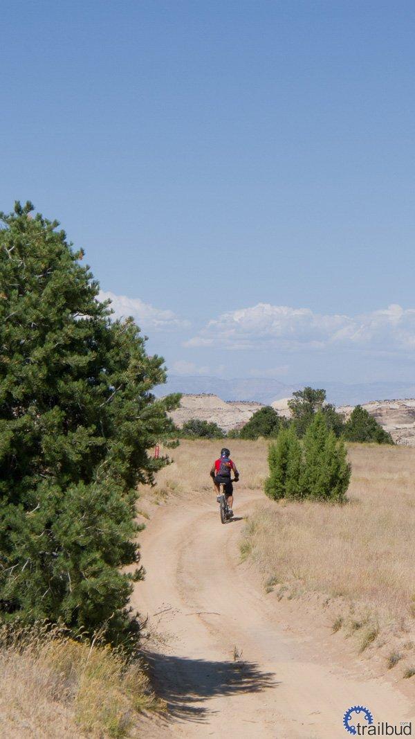 Devil's Racetrack, San Rafael Swell, UT | trailbud com